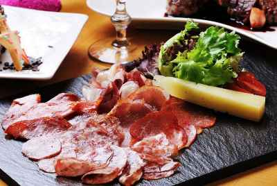Tapas bar for sale in the center of Barcelona in the area of La Rambla
